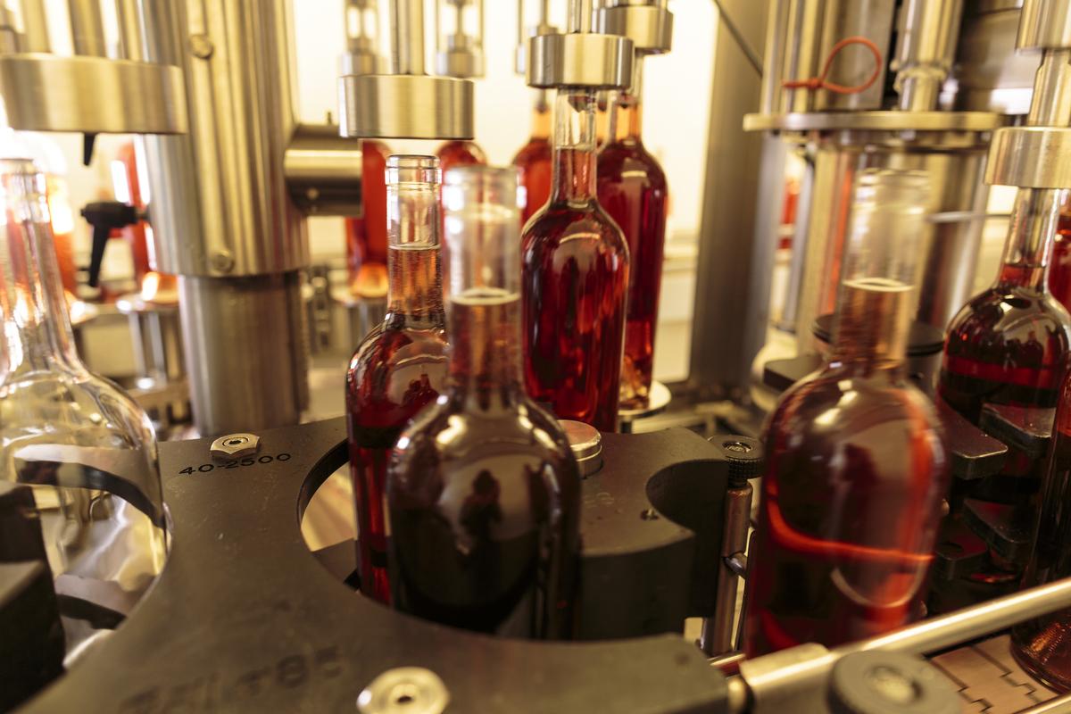 Obelisco Estate Vineyard Bottling