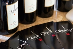 obelisco-wine-bottles-business-cards
